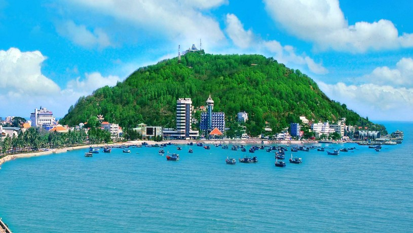 Vung Tau Vietnam Is An Easy Getaway From The Noisy And Populous City Of Ho Chi Minh In By Gone Years Vungtau Was A Favorite Beach