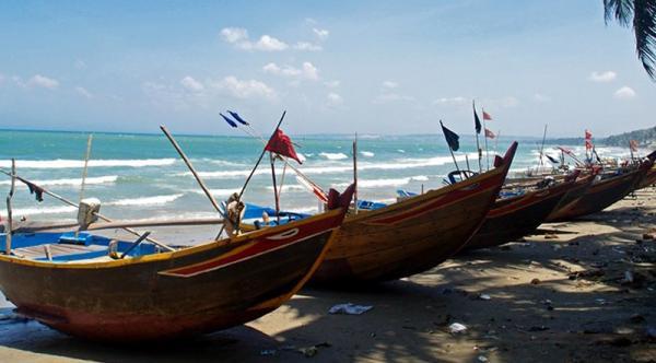 Central Vietnam School Trip – Eco-tour & Volunteer Programs – 4  Days / 3 Nights