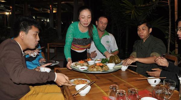 Mai Chau – Pu Luong Trekking Tour  2 Days / 1 Night