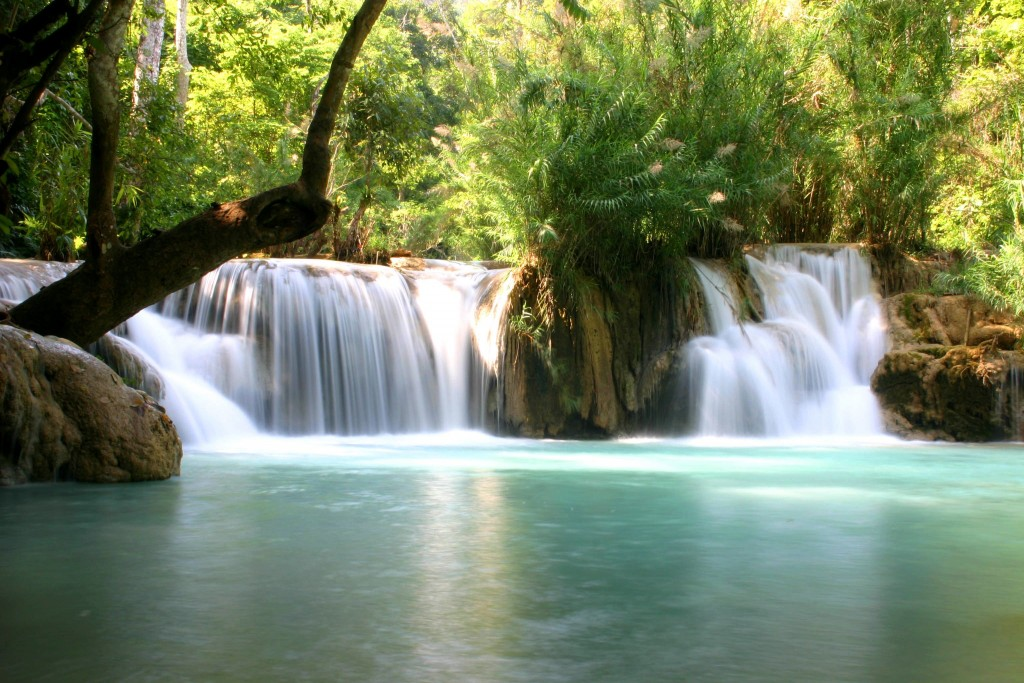 Kwang-si-Waterfall-in-Laos