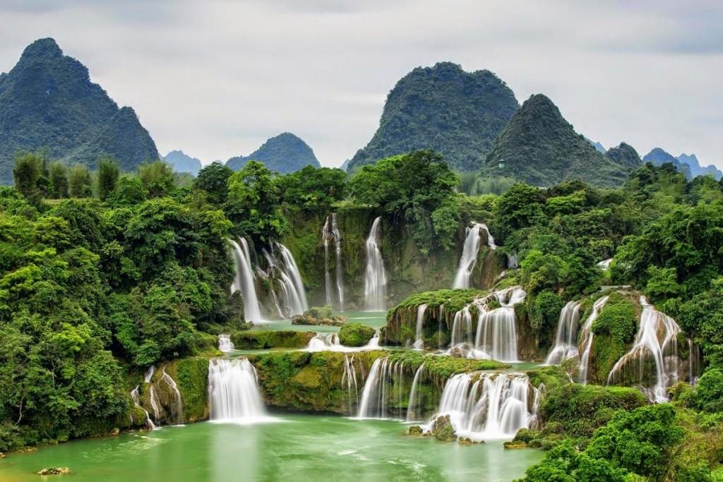 bangioc_waterfall_vietnam
