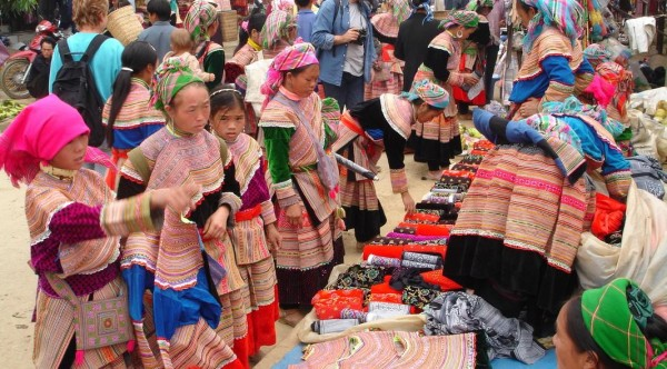 Northwest Vietnam Hill Tribes Ultimate Trekking – 5 Days/ 4 Nights