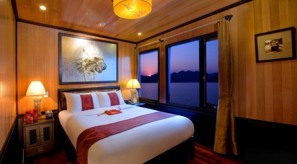 Indochina Sails – Halong Bay 3 Days/ 2 Nights