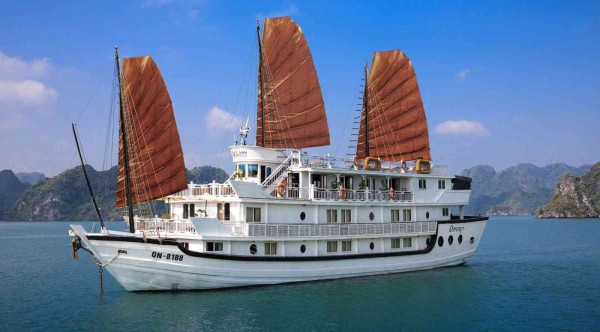 Glory Cruise – Halong Bay 3 Days/ 2 Nights