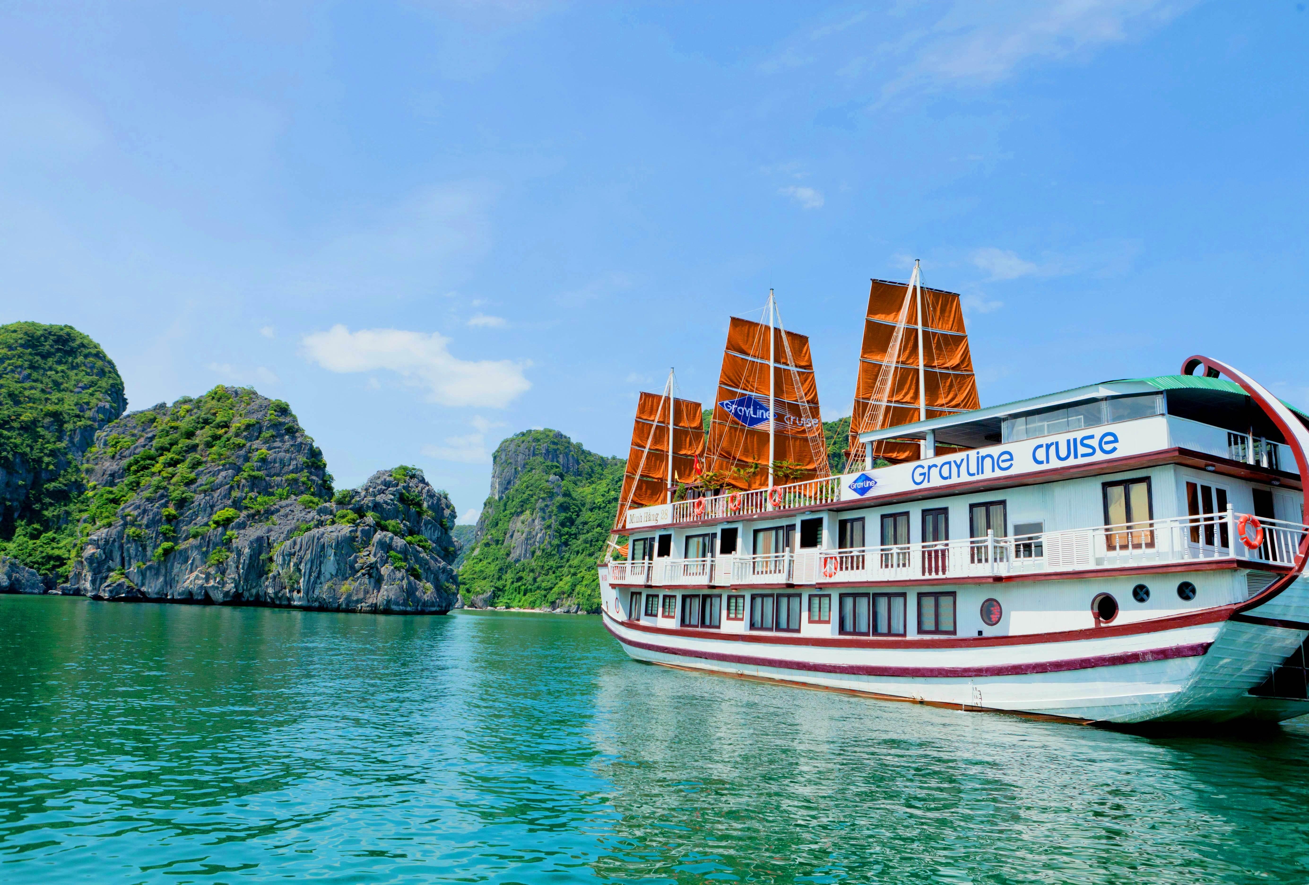 Halong bay, Sights & Activities in Halong, Halong tours